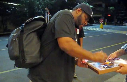 Photo shows Jerome Bettis signing autographs for the SI King July 16, 2014.