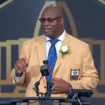 charles-haley-speaking-at-nfl-hof-event-aug-2015